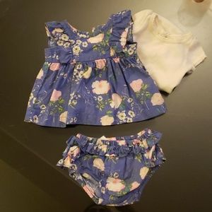 Baby Gap blue floral outfit